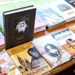 Библиотека храма прп. Серафима Саровского г.Жлобина стала одним из крупнейших на Жлобинщине хранилищем православной литературы