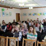 Тему ценности жизни человека обсудили вместе со священником в Рогачевском педагогическом колледже