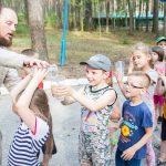 Никого не оставила равнодушным подготовка к Празднику Святой Троицы в детском оздоровительном лагере