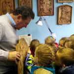 Педагоги и воспитанники ГУО «Ясли-сад №22 г.Гомеля» посетили выставку художника Владимира Куклина