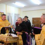 Епископ Вениамин совершил молебен в минском Доме-интернате для пенсионеров и инвалидов