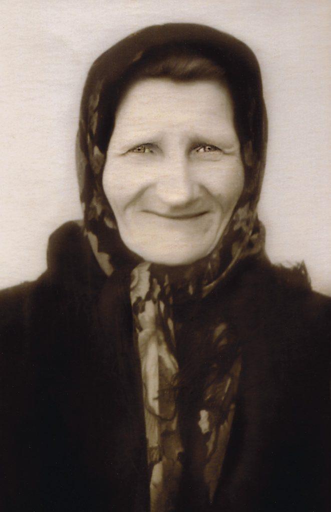 Бабуля Анатоля Статкевіча-Чабаганава Марыя Аляксандраўна Статкевіч. Вёска Засмужжа. 1965 г.