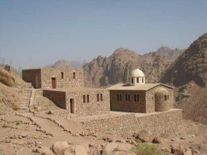Храм прп. Иоанна Лествичника и его пещера, где, по преданию, Иоанну было видение «лестницы на небо». Синай, Египет