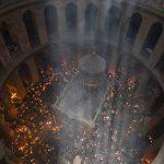 В Великую Субботу на Гроб Господень вновь сошел Благодатный огонь