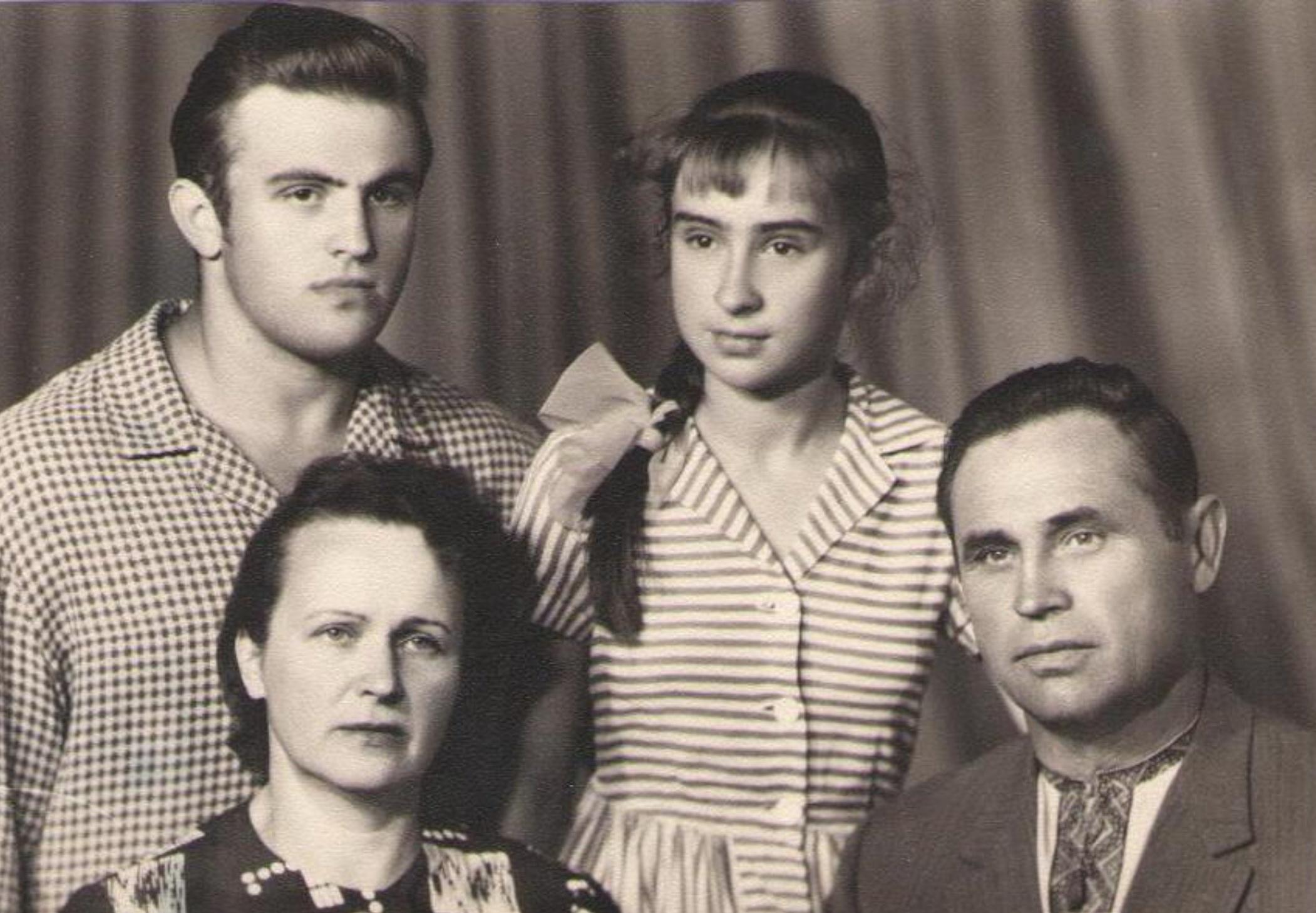 Уладзіслаў, Ванда, Уладзіслава і Юзаф Забродскія. 1966 г.
