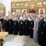 Патриарший Экзарх напутствовал выпускников Минского духовного училища