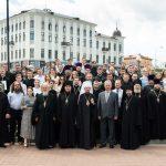Митрополит Вениамин возглавил выпускные торжества Минской духовной академии и Института теологии БГУ