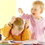 Психологи выяснили причины детской агрессии