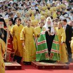 Торжества, посвященные 1030-летию Крещения Руси начались с Божественной литургии на Соборной площади Кремля