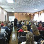 Священник провел беседу с учащимися педагогического колледжа о ценностном отношении к жизни